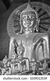 Thailand, Chiang Mai, Prathat Doi Suthep Buddhist temple, golden Buddha statues