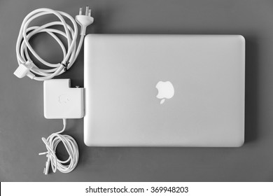 THAILAND - JANUARY 31 , 2016: Photo of old model MacBook Pro 13-inch Early 2011. MacBook Pro  is a laptop developed by Apple Inc.