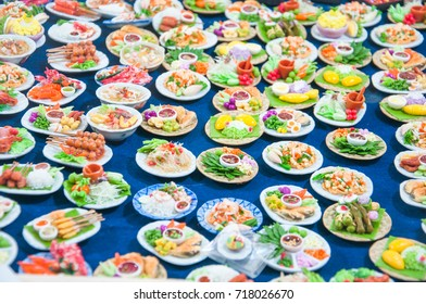 Thailand is a miniature sculpture art with plaster to make a variety of foods in the diet model.