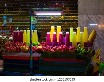 Yaowarat,ฺBangkok Thailand - October 22, 2018:  fruit juice Shop  at There are many. in the Yaowarat a night.