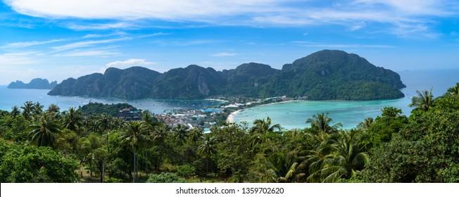Thailand, Phi Phi Island - Viewpoint 2 - Vista panorámica desde el punto más alto de la isla Phi Phi en Tailandia