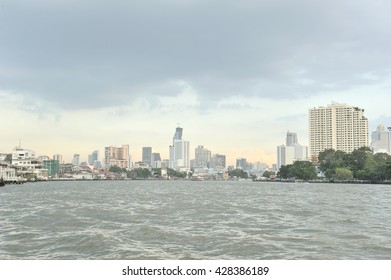 THAILAND-november 23,2015 the view point of Chao Phraya River between Saphan Taksin station to  Phra Arthit  this station is important to point out areas in Thonburi district,