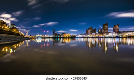 Thames river as seen from the south bank at Battersea in the evening