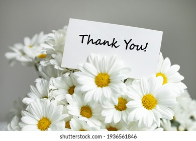 Thank You message with daisies