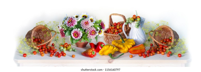 Thanksgiving autumn background panorama, seasonal autumn berries, pumpkins, apples and flowers on wooden background. Thanksgiving holiday background. Still life with Thanksgiving day concept