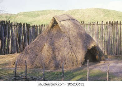 Thatched hut, Indian Cahokia, Illinois
