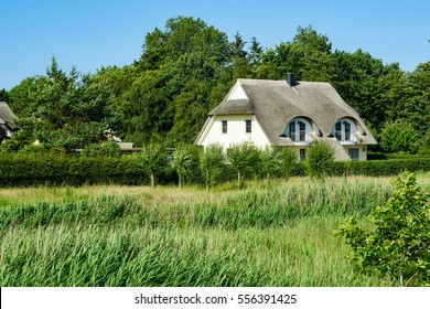 Thatched roof house | Nature | Germany