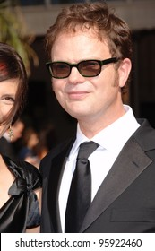 """The Office"" star RAINN WILSON & date at the 2006 Primetime Emmy Awards at the Shrine Auditorium, Los Angeles. 8 27, 2006 Los Angeles, CA  2006 Paul Smith / Featureflash"