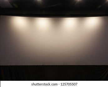 theater white screen
