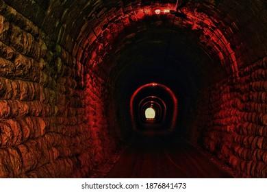 Hay luz al final del túnel