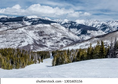 There is a lot of snow in Vail, and it adds some aesthetics to the picturesque landscape.