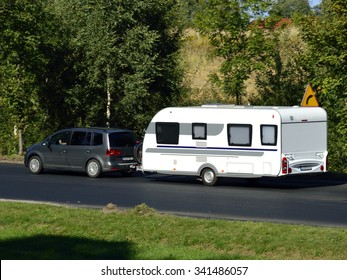 There's nothing like traveling by car with caravan
