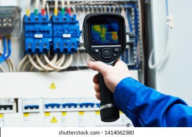 inspección de imágenes térmicas de equipos eléctricos