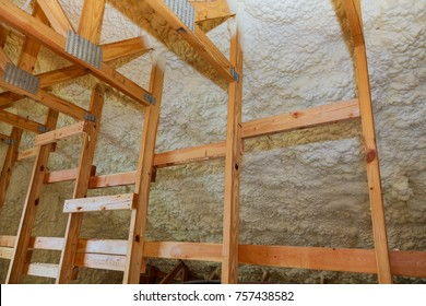 thermal insulation spray background polyurethane foam for thermal insulation of walls