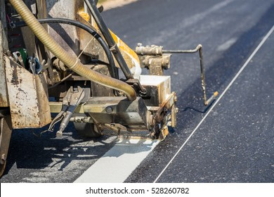 Thermoplastic road marking paint also called hot melt marking paint, is a kind of powder paint