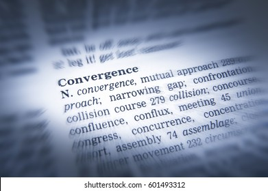 THESAURUS PAGE SHOWING DEFINITION OF WORD CONVERGENCE, TAKEN IN CLECKHEATON, WEST YORKSHIRE, UK, 30TH MARCH 2005