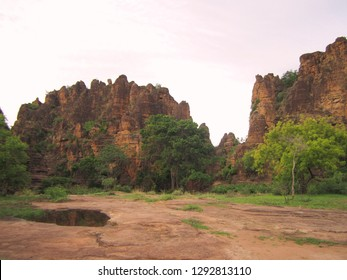 These a very beautiful photo of the nuture. It is a prize in the KENEDOUGOU region, a region of Burkina Faso by myself.