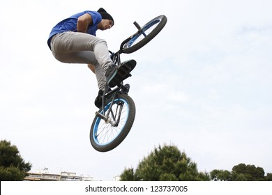 THESSALONIKI,GREECE-APRIL 29:Unidentified  bmx rider jumps during a performance during the  Thessaloniki  Street Party for European Youth Capital- Candidate City on April 29,2011