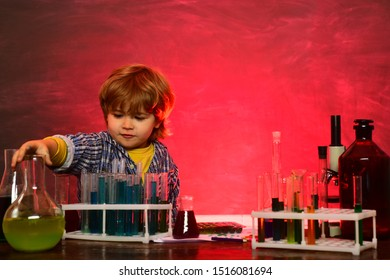 They carried out a new experiment in chemistry. Knowledge day. Home schooling. School concept. Chemistry The Science Classroom. Lesson Plans - Middle School Chemistry.