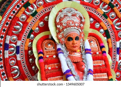 Theyyam, KANNUR - APRL28: A Theyyam artist performs during the annual festival at Ramapuram,Puliroopakaali temple on April 28, 2017 in Kannur, India.Theyyam is a ritualistic folk art form of Kerala -