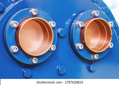 thick copper pipes with flanges for cooling or air conditioning systems