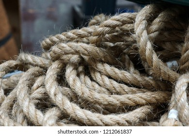 Thick rope closeup