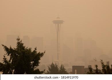 Thick smoke haze above Space Needle Seattle on September 12, 2020, Seattle, WA, USA.