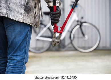 A thief wants to steal a bicycle