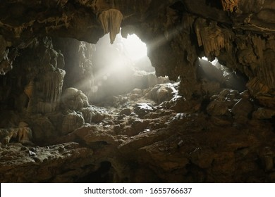 Thien Cung cave on Dau Go Island this is one of the most beautiful caves in Halong Bay, Vietnam.
