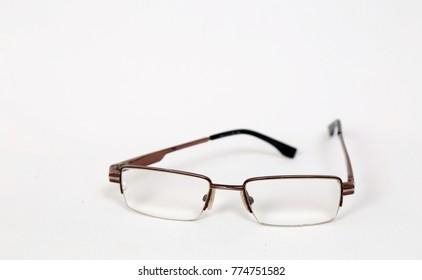 thin -frame  glasses