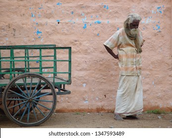 Thinking man on 23th November 2008 in Madurai (India).