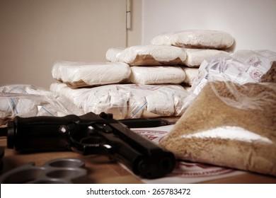 Thirty kilos of drugs