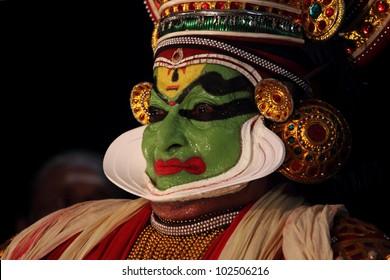 THIRUVALLA, INDIA -MAY 14: Famous Kathakali artist Kalamandalam Gopi perform on stage during a week long Kathakali festival at Sri Vallabha temple on May 14, 2012 in Thiruvalla, Kerala, India.