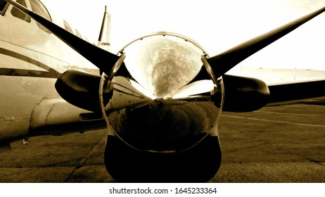 This is a B200 (King Air) Propeller (Engine).