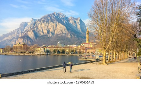 This is the beginning of the avenue that runs along the city of Lecco