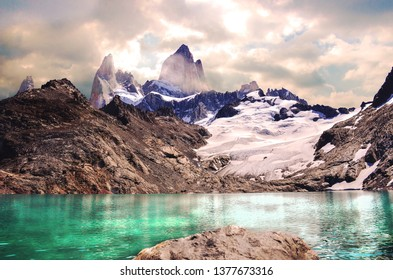 This is an image of my vacation in the Argentine Patagonia. Laguna de los tres El Chalten, Argentina