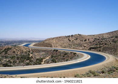 This image shows the California Aqueduct canal at Palmdale in California.