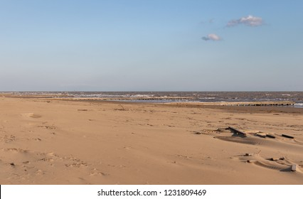 This is jesolo's beach in winter, it's desertic, but awesome!