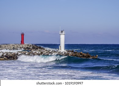 This is a Korean surfer favorite surfing spot in east sea of South Korea. Winter Surfing lighthouse
