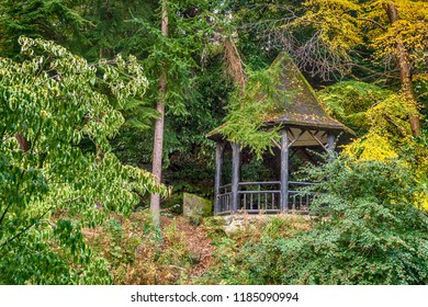 This octagonal rustic open-sided Chinese summerhouse was built in Pittencrieff Park, Dunfermline in 1906. It became a Category C listed building in March 2000.