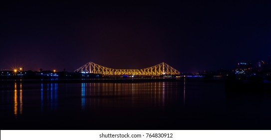 This is one of the most famous landmark of the City of Joy, Rabindra Setu or widely known as the Howrah Bridge. It is a beautiful piece of architecture. This photo was taken at night from Judges' Ghat
