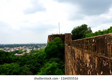 This pic shows very beautiful architecture of Jhansi Fort under Archaeological Survey of India situated at Jhansi city Uttar Pradesh