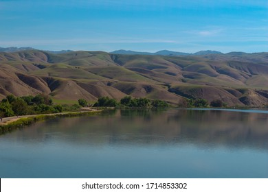 This is a picture of Lake Ming In Bakersfield CA