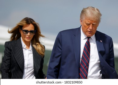 This picture taken on Friday 2 of October 2020 shows the United States President, Donald Trump and Melania Trump after testing positive in coronavirus. Washington DC, USA.