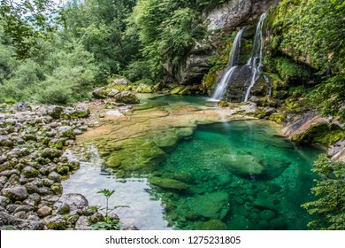 This Slovenian waterfall looks like those one in Amazonia, doesn´t it? Not much power, no big drop, but a small enchanting creek.