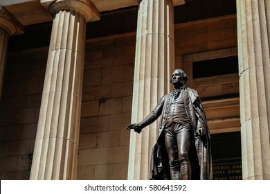 This is the statue of George Washington in New York City.