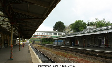 This is the Torquay railway station in Torquay, England.