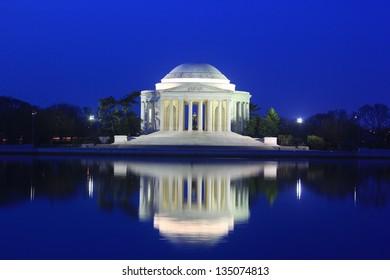 Thomas Jefferson Memorial at dawn, Washington DC