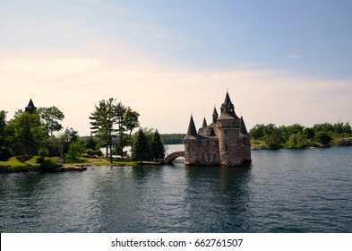 Thousand Islands cruise, St Lawrence River, Ontario, Canada