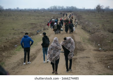 Thousands of refugees and migrants are trying to enter Greece through the country's eastern land border with Turkey. 29.02.2020 Edirne